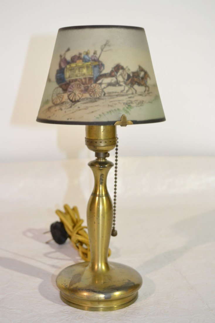 284: SIGNED PAIRPOINT COACHING SCENE BOUDOIR LAMP