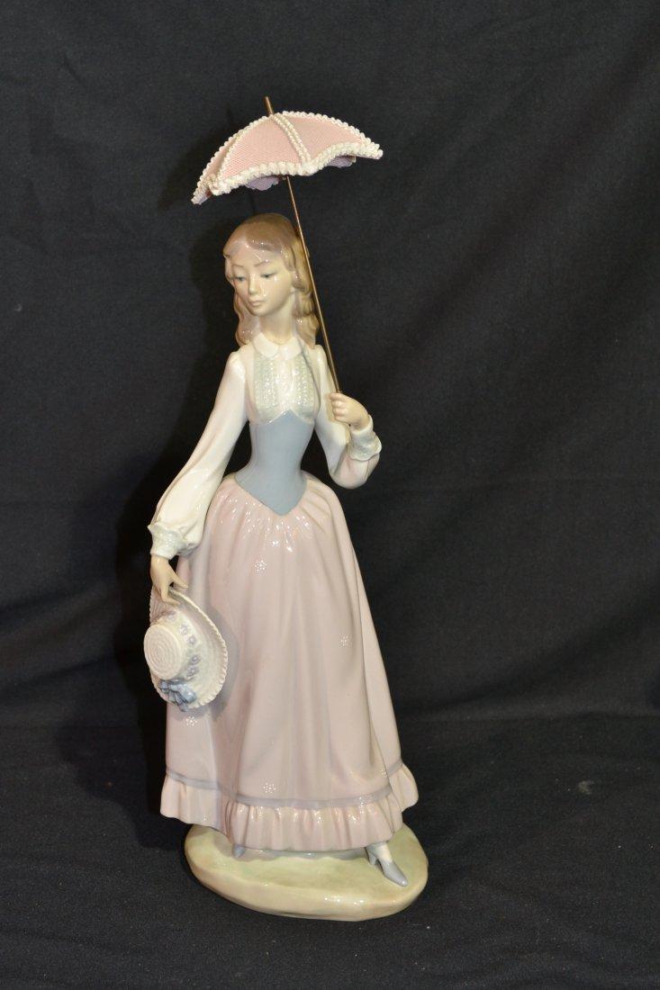 208: LARGE LLADRO GIRL HOLDING UMBRELLA -