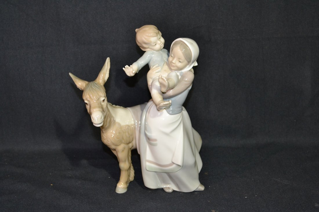 """211: LLADRO MOTHER & CHILD WITH DONKEY - 10"""" TALL"""