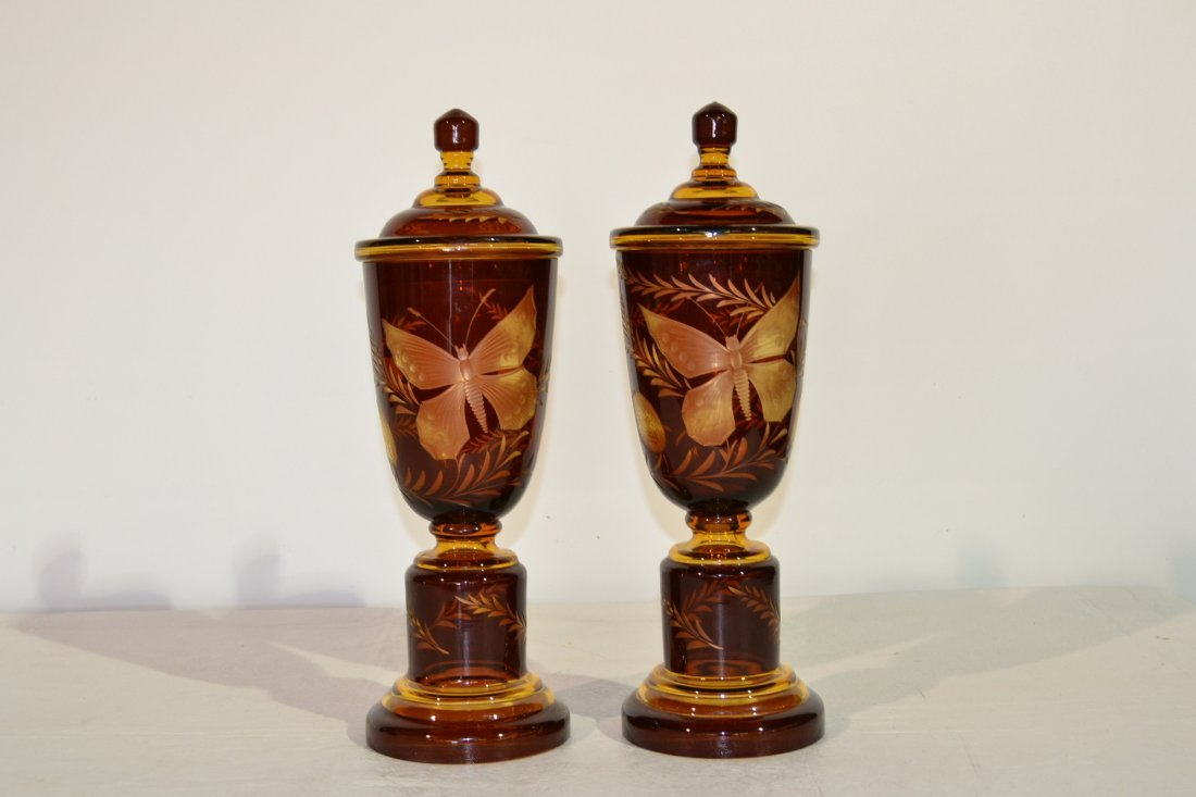 219: (Pr) ETCHED AMBER COVERED URNS WITH