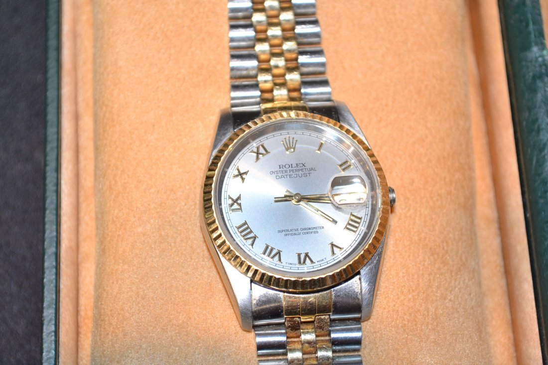 280L: ROLEX OYSTER PERPETUAL DATEJUST STAINLESS &