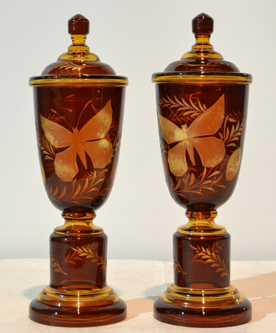 (Pr) ETCHED AMBER COVERED JARS WITH BUTTERLIES