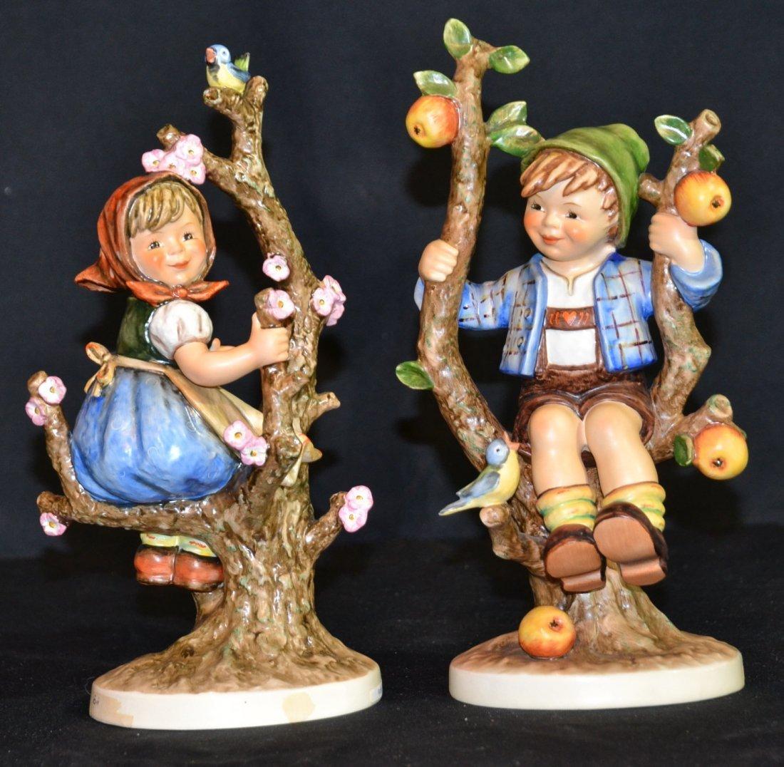 "LARGE HUMMEL APPLE TREE BOY & GIRL - 10 1/2"" TALL"