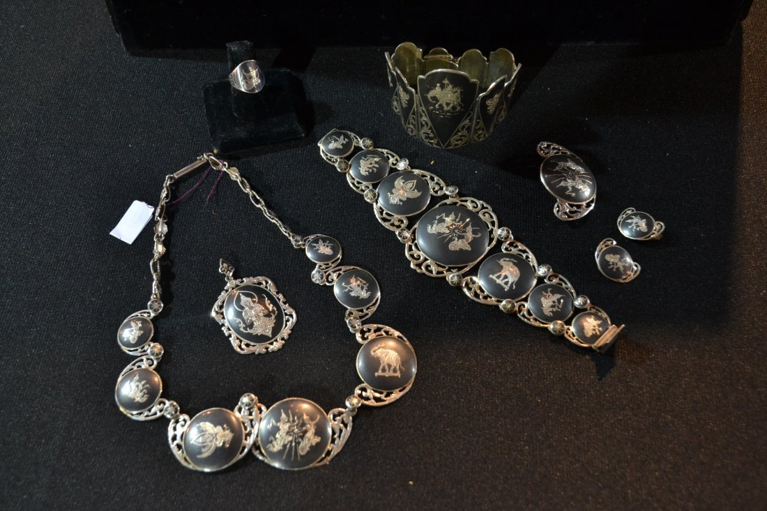 (8)pc SIAM STERLING SILVER JEWELRY - APPROX. 7ozt