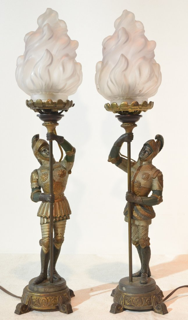 (Pr) COLD PAINTED SPELTER SOLDIERS HOLDING