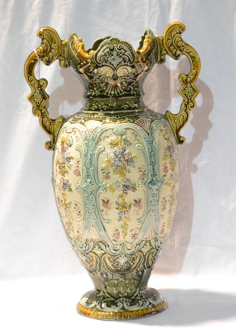 LARGE MAJOLICA TWIN HANDLE VASE WITH RAISED