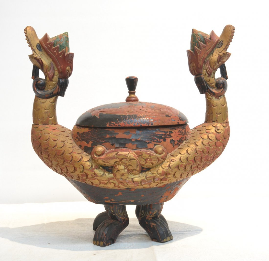 CARVED WOODEN CHINESE DRAGON COVERED TEA CADDY