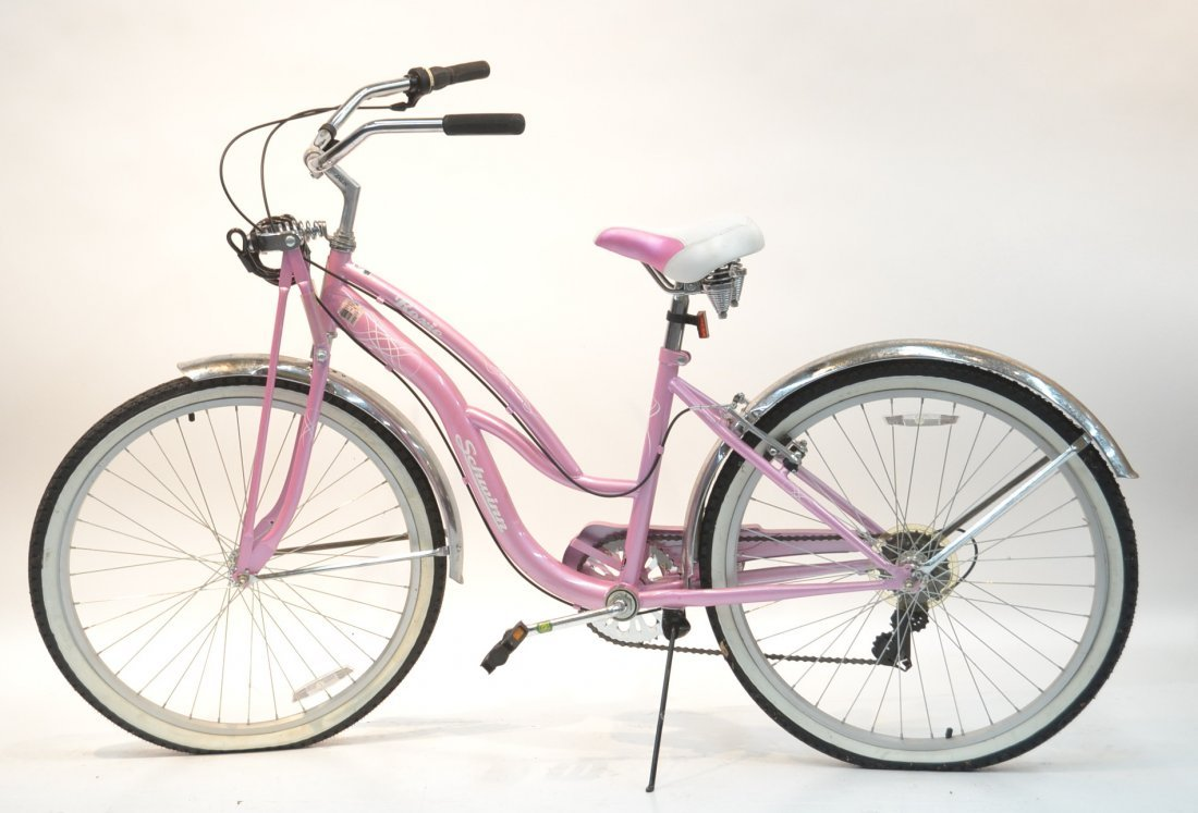 "PINK 26"" ROXIE SCHWINN BICYCLE (BRAND NEW)"