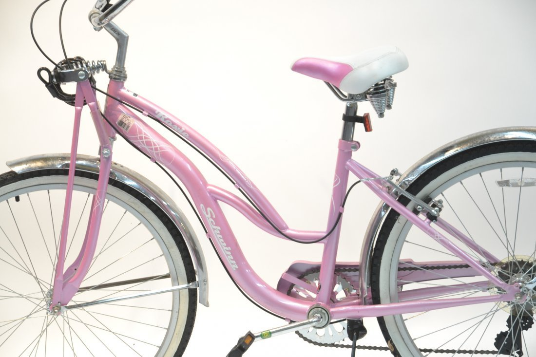 "PINK 26"" ROXIE SCHWINN BICYCLE (BRAND NEW) - 5"