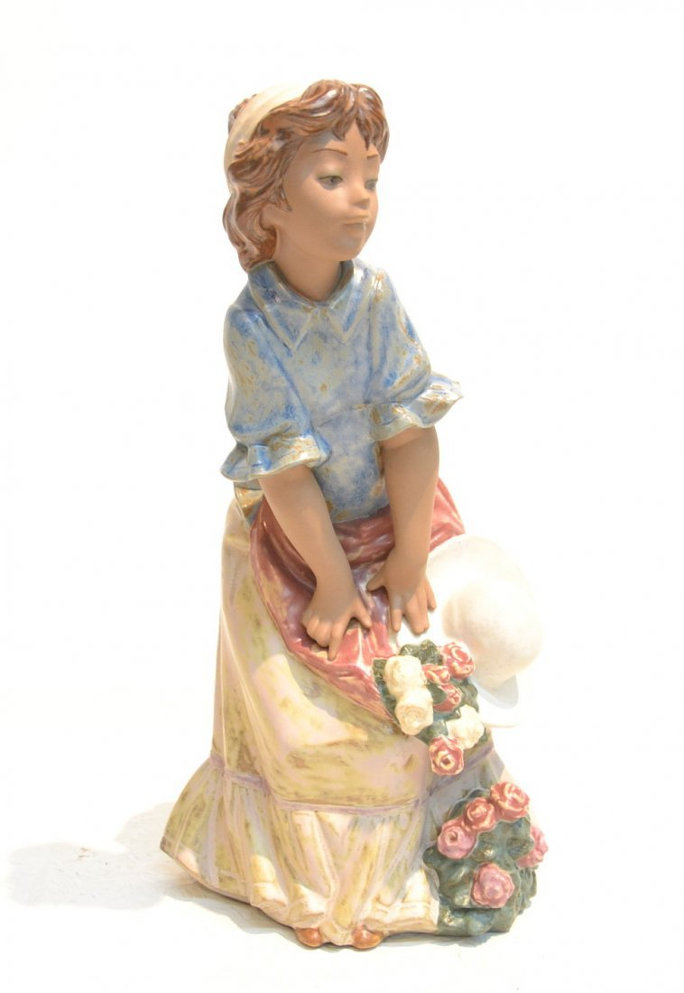 """GRES FINISH LLADRO GIRL WITH HAT - 7"""" x 12 1/2"""""""