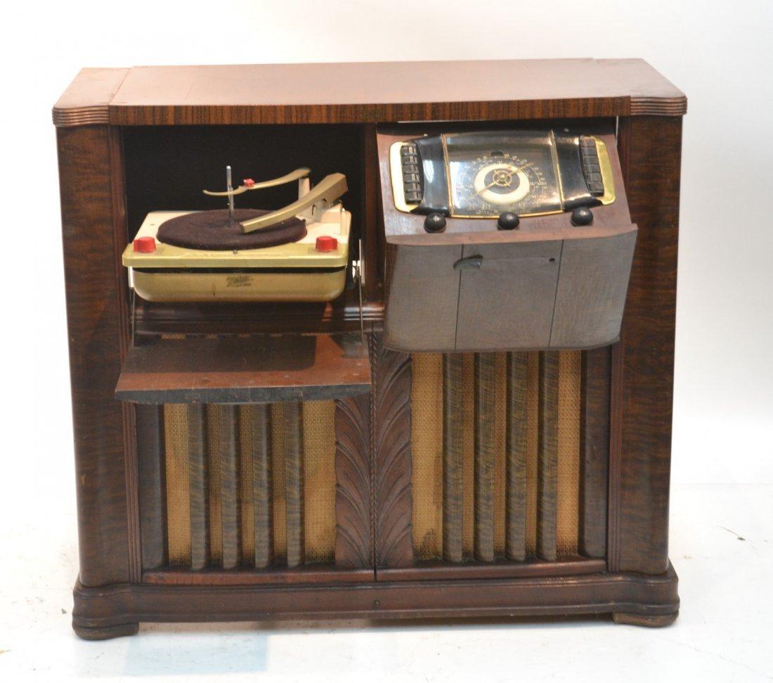 VINTAGE ZENITH RADIO PHONOGRAPH CONSOLE RADIO