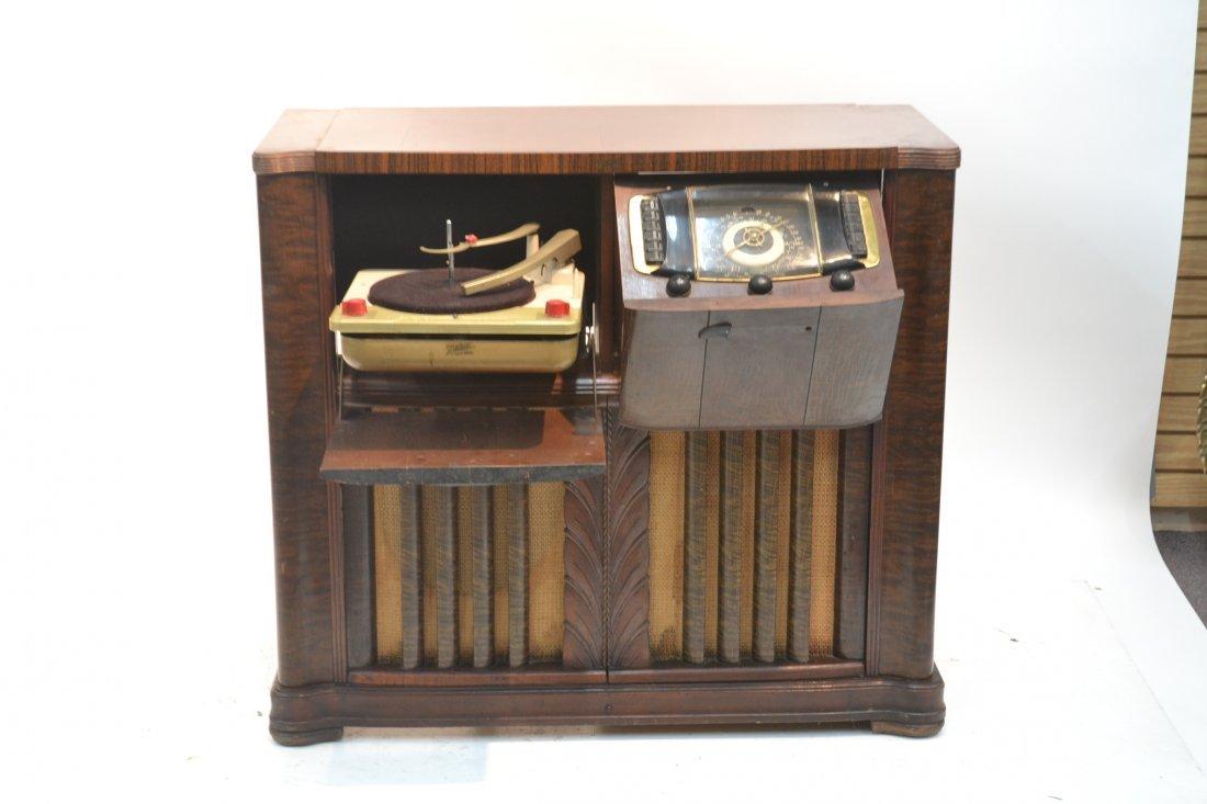 VINTAGE ZENITH RADIO PHONOGRAPH CONSOLE RADIO - 2