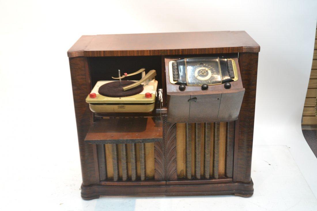 VINTAGE ZENITH RADIO PHONOGRAPH CONSOLE RADIO - 3