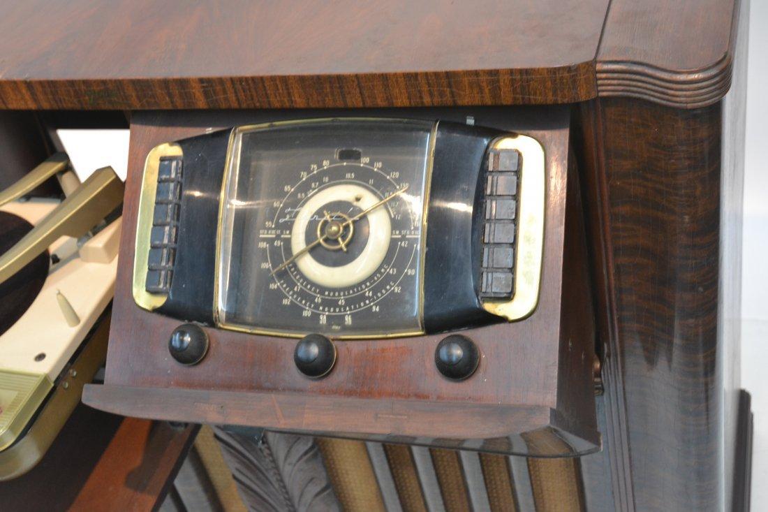 VINTAGE ZENITH RADIO PHONOGRAPH CONSOLE RADIO - 4