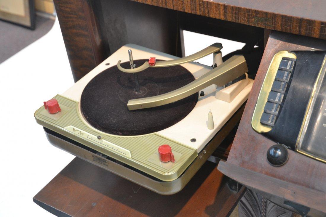 VINTAGE ZENITH RADIO PHONOGRAPH CONSOLE RADIO - 6