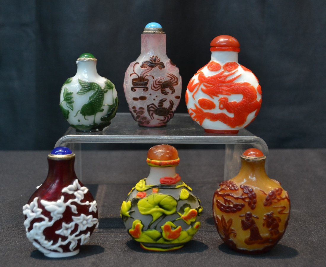 (6) CARVED PEKING GLASS OVERLAY SNUFF BOTTLES
