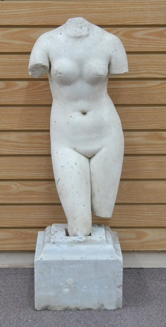 MARBLE SCULPTURE OF FEMALE NUDE TORSO ON BASE