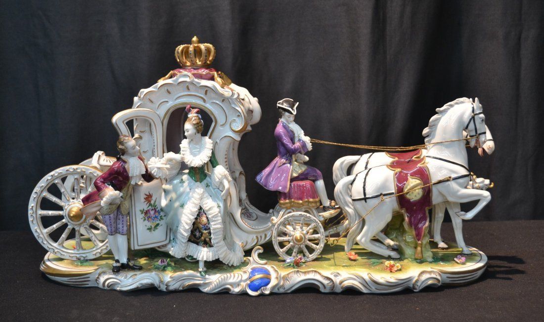 DRESDEN QUEENS CARRIAGE WITH