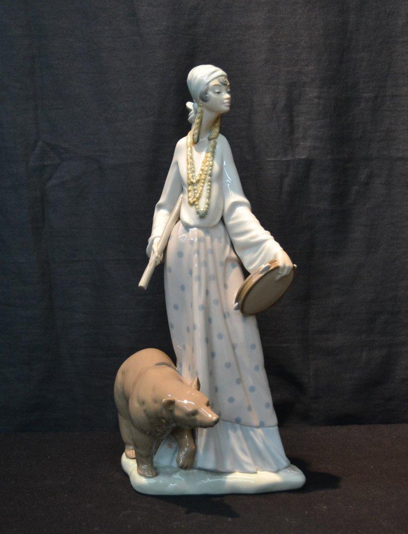 LARGE LLADRO GYPSY WOMAN WITH BEAR , # 4919