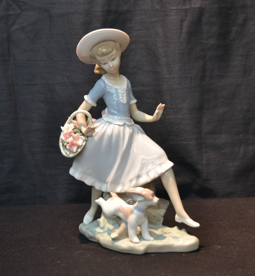 LLADRO COUNTRY LASS WITH DOG , # 4920
