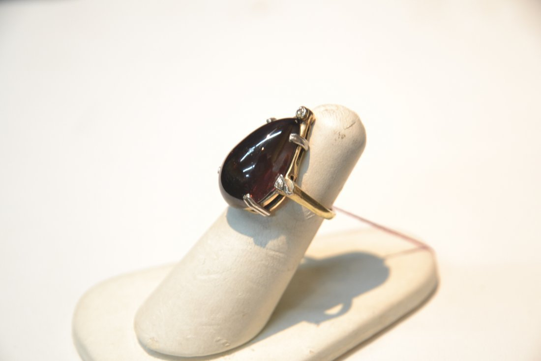 14kt DIAMOND RING WITH LARGE CABACHON AMETHYST - 3