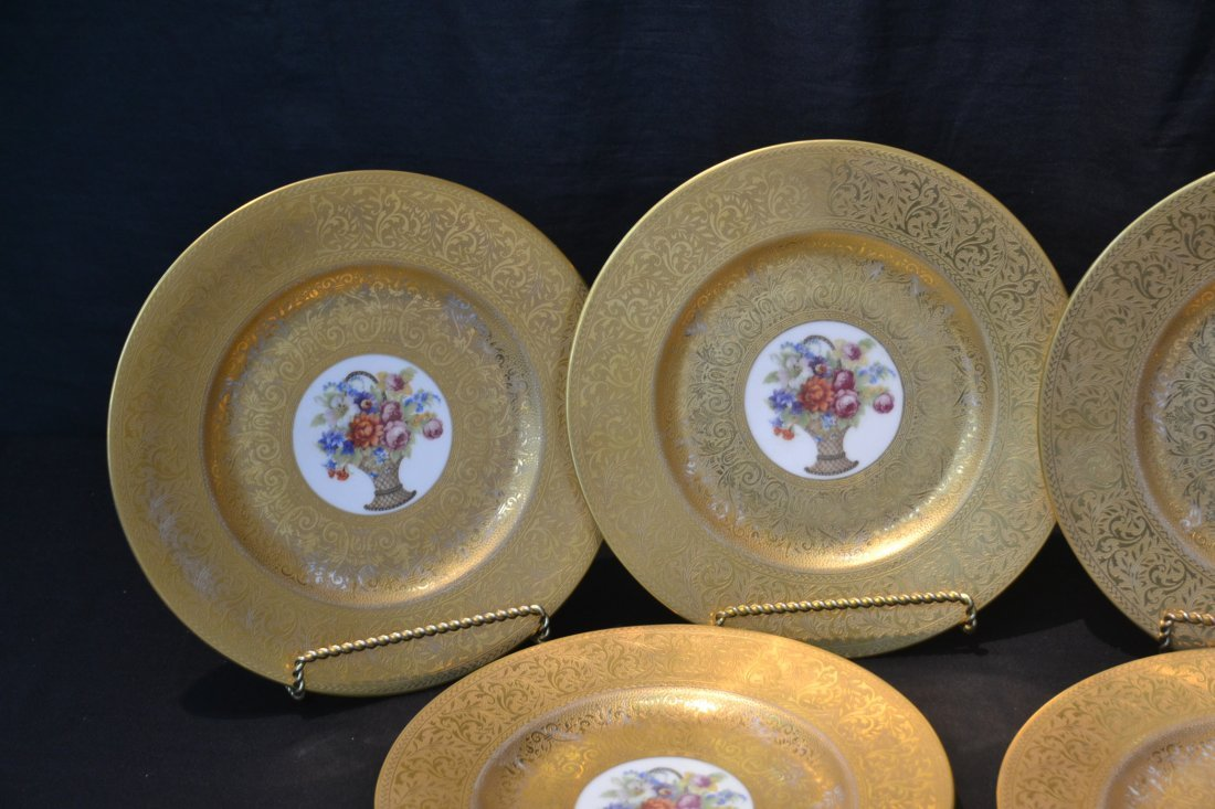 (10) HUTSCHENREUTHER GOLD SERVICE PLATES WITH - 3
