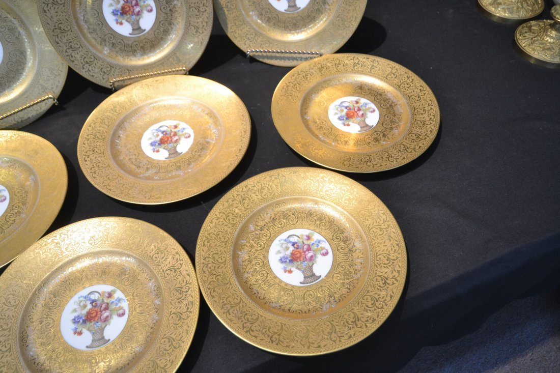 (10) HUTSCHENREUTHER GOLD SERVICE PLATES WITH - 5