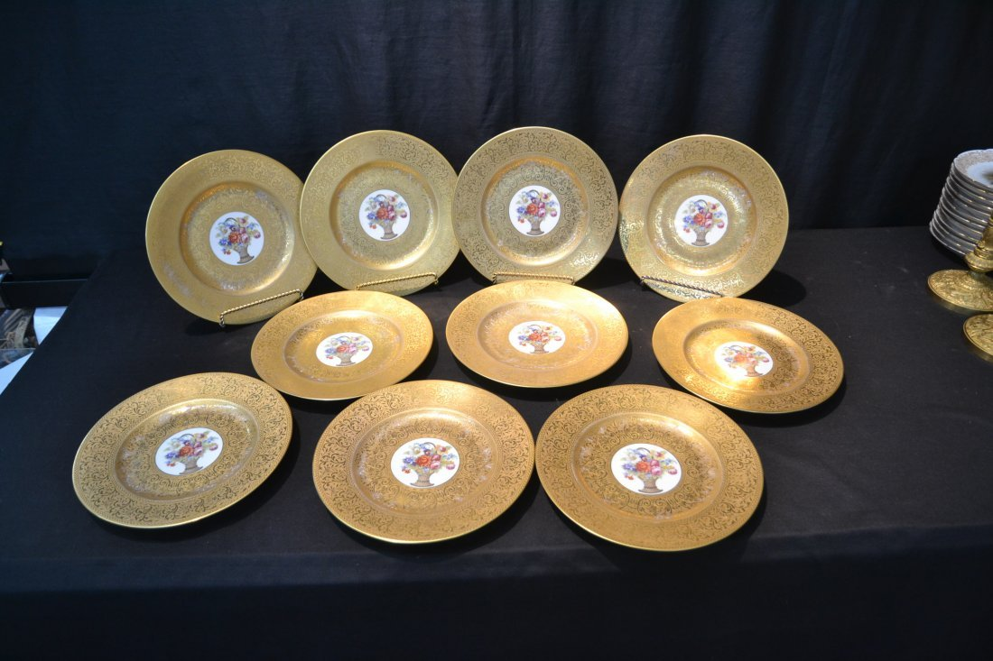 (10) HUTSCHENREUTHER GOLD SERVICE PLATES WITH - 7