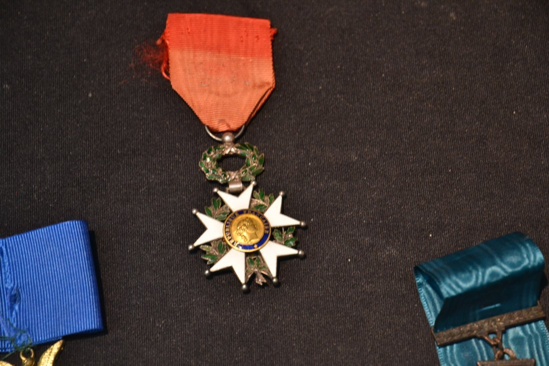 GERMAN . AMERICAN & FRENCH MEDALS - 5