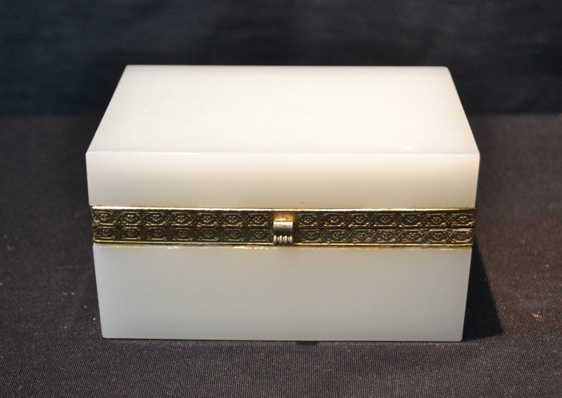 "OPALINE HINGED BOX - 5 1/4"" x 3 1/2"" x 3"""