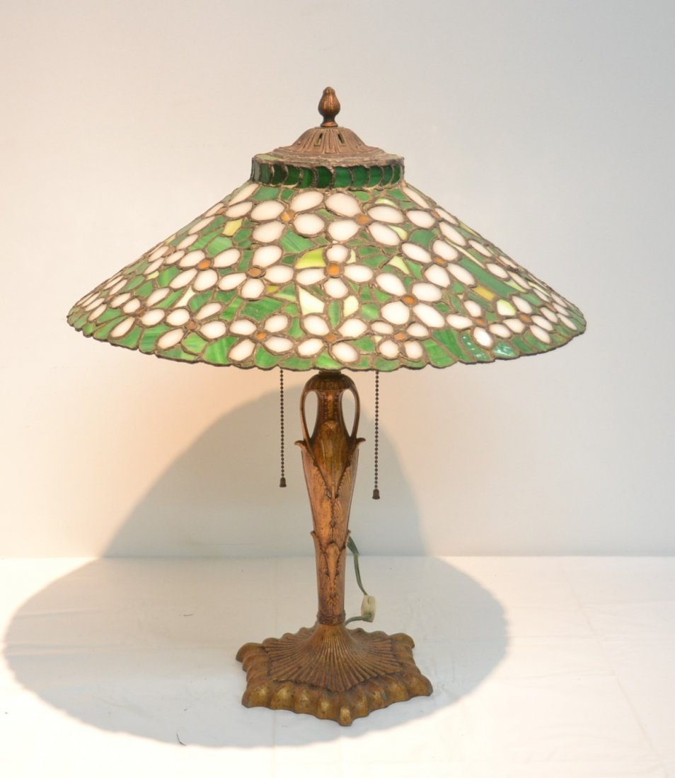 ANTIQUE FLORAL LEADED GLASS TABLE LAMP - 2