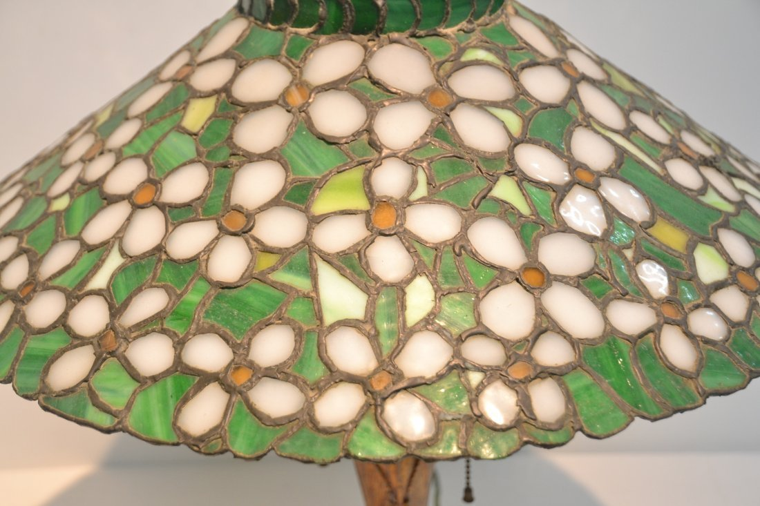 ANTIQUE FLORAL LEADED GLASS TABLE LAMP - 5