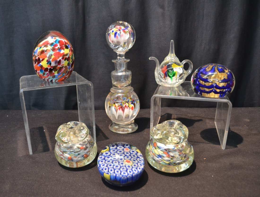 (7) ASSORTED ART GLASS PAPERWEIGHTS INCLUDING