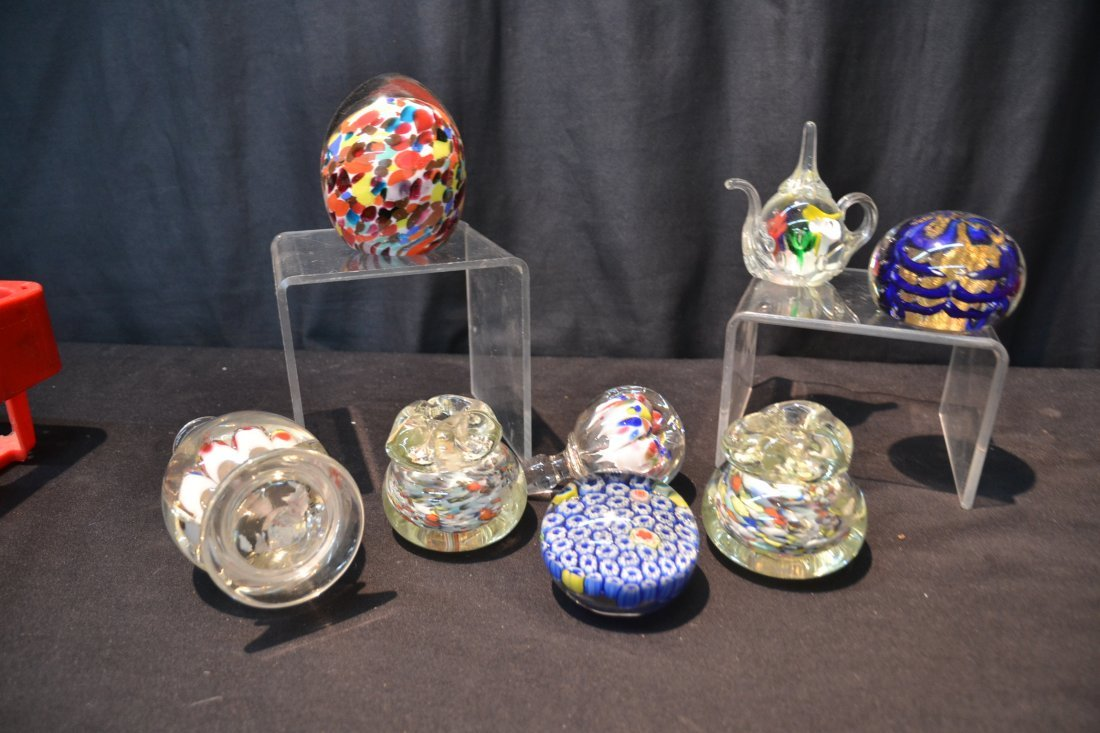 (7) ASSORTED ART GLASS PAPERWEIGHTS INCLUDING - 7