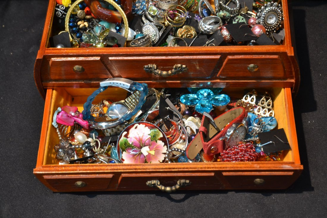 COSTUME JEWELRY , BRACELETS , RINGS, PINS & - 4