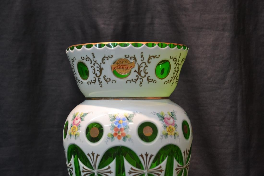 GREEN & WHITE BOHEMIAN VASE WITH FLOWERS - 2