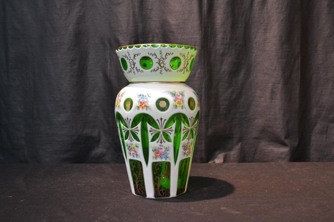 GREEN & WHITE BOHEMIAN VASE WITH FLOWERS - 4