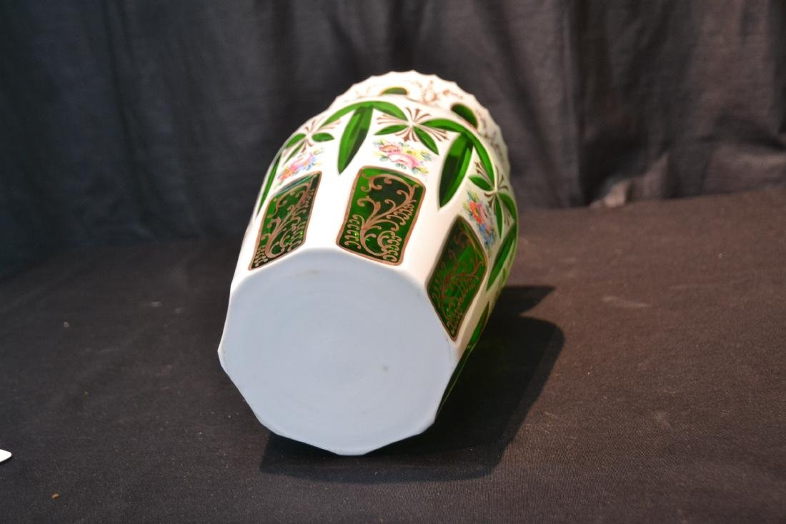 GREEN & WHITE BOHEMIAN VASE WITH FLOWERS - 5