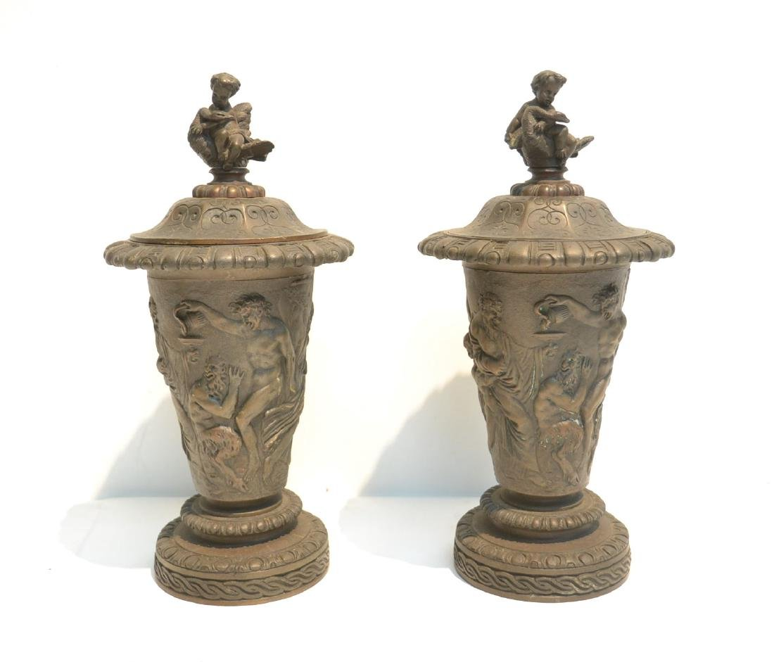 (Pr) BRONZE GARNITURE WITH FIGURES AROUND