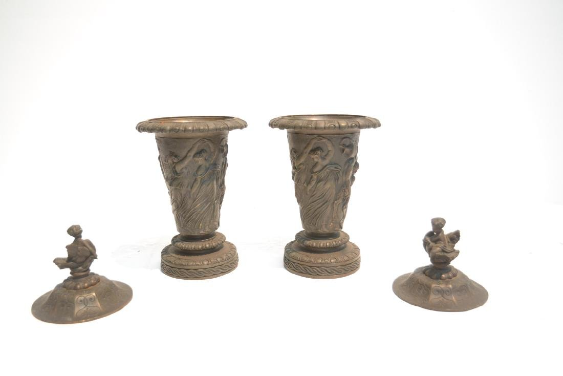 (Pr) BRONZE GARNITURE WITH FIGURES AROUND - 7