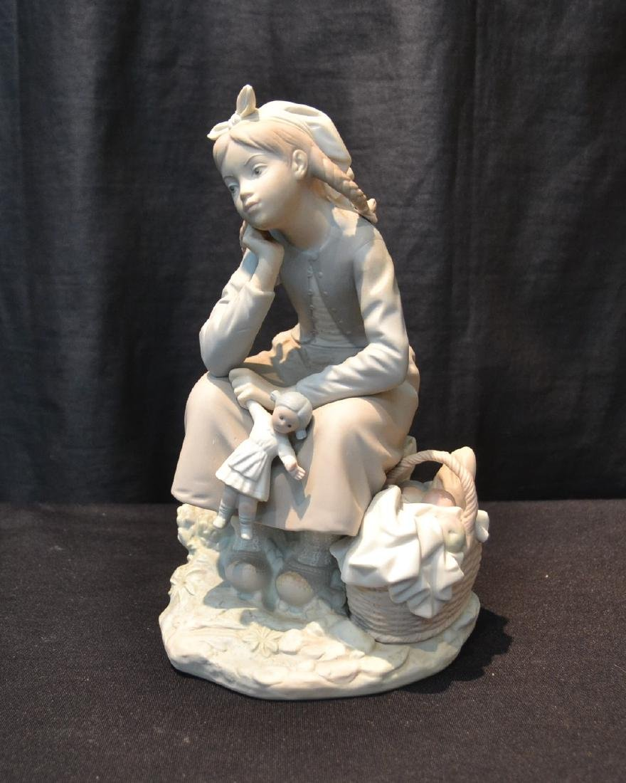 "MATTE LLADRO GIRL WITH DOLL - 6"" x 9"""