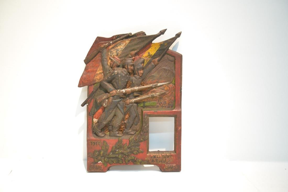 COLD PAINTED IRON RELEIF PLAQUE OF FRENCH SOLDIERS - 2