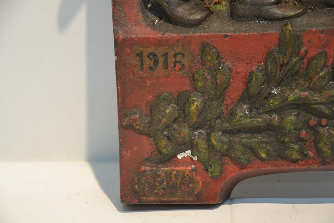COLD PAINTED IRON RELEIF PLAQUE OF FRENCH SOLDIERS - 7