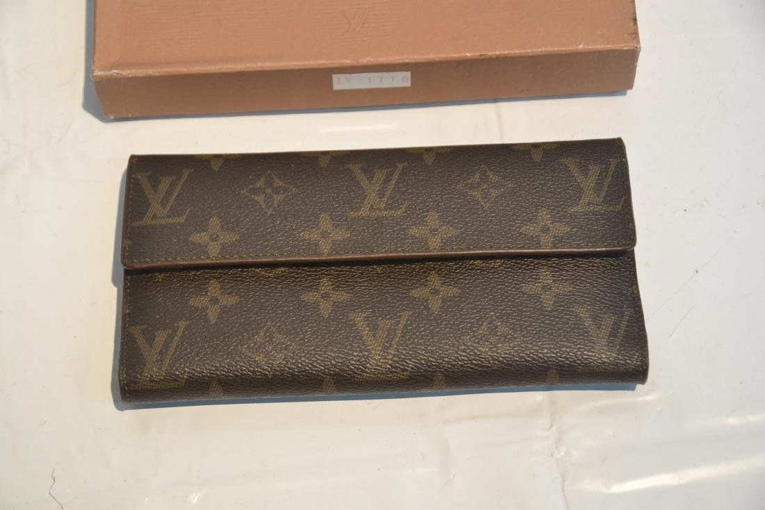 """LOUIS VUITTON WALLET WITH BOX - 7 1/4"""" x 4"""" - 2"""