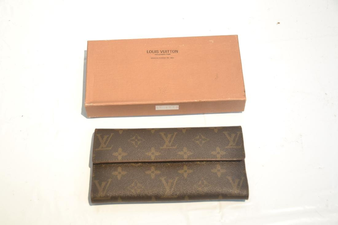 """LOUIS VUITTON WALLET WITH BOX - 7 1/4"""" x 4"""" - 8"""