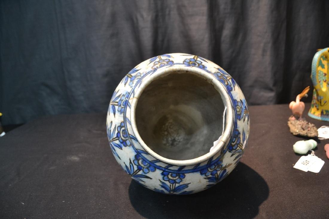 "PERSIAN BLUE & WHITE VASE - 8"" x 11"" - 8"