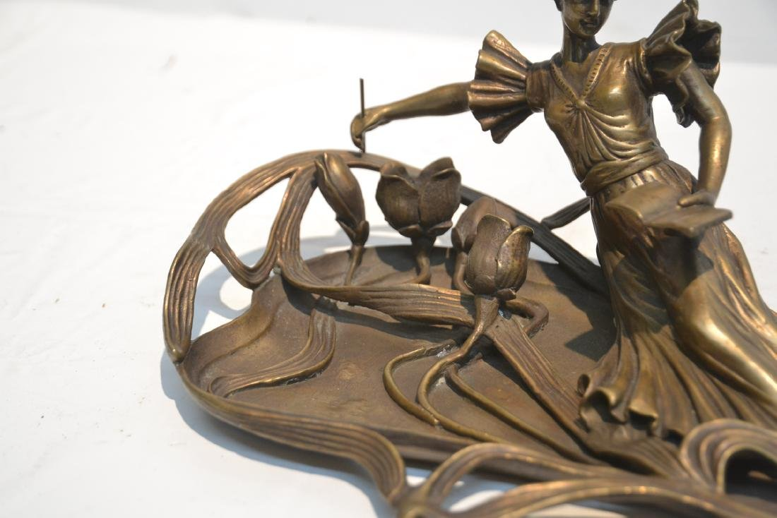BRONZE NOUVEAU STYLE RECLINING WOMAN WITH BOOK - 4