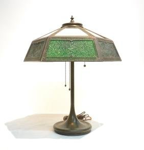 UNUSAL HANDEL TABLE LAMP WITH (6) GREEN & WHITE