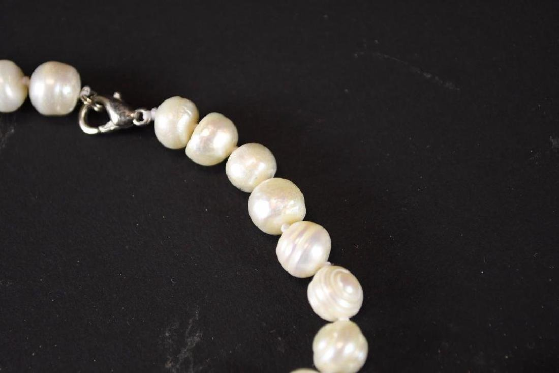 Two Strands of White Pearl Necklaces - 3