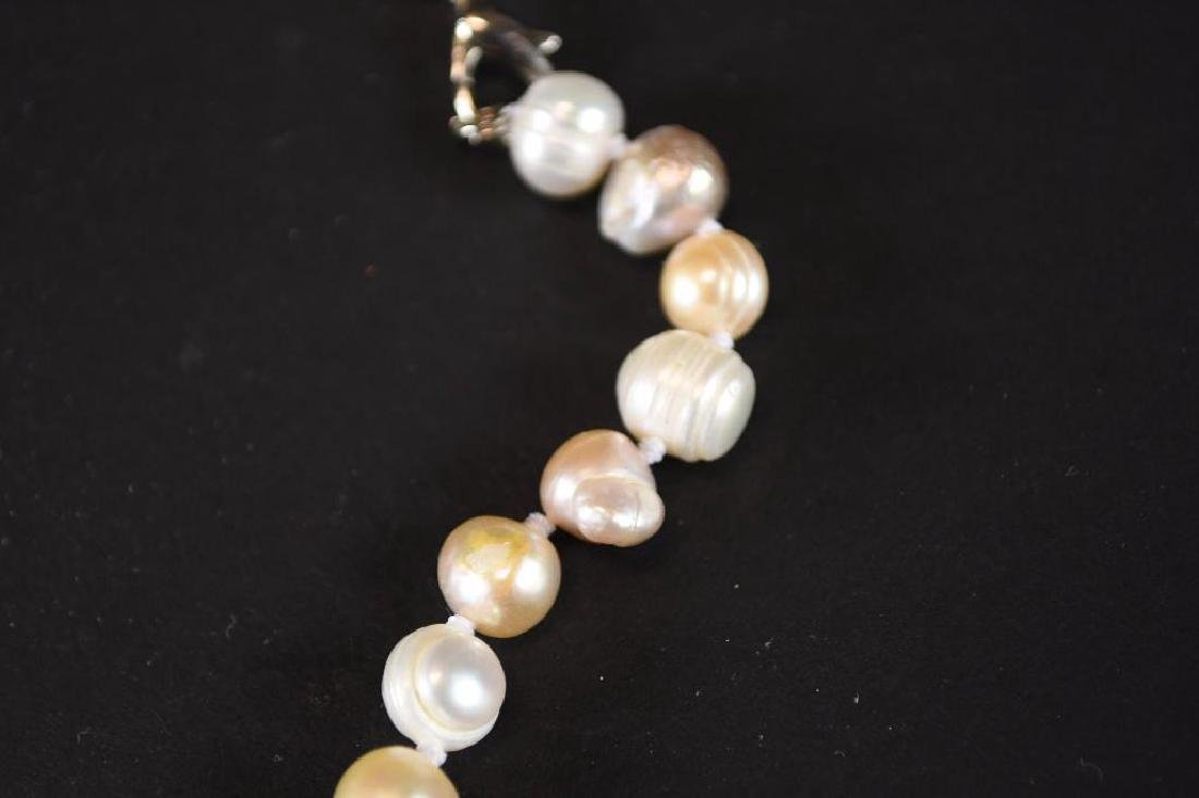 Two Strands of White Pearl Necklaces - 5